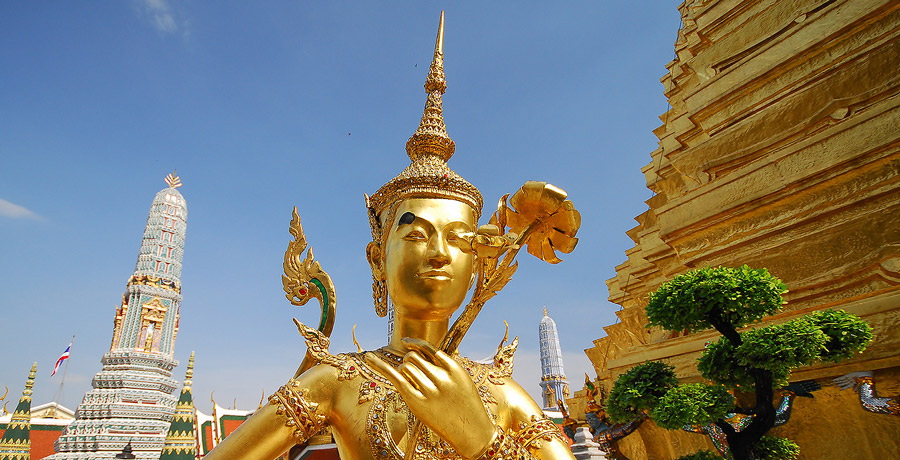 the-emerald-budha-temple-bangkok
